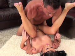 Buxom Richele Richey gobbles up his dick and gets her cunt banged