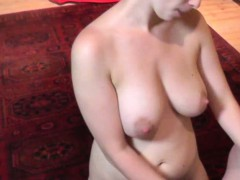 Lapdance and blowjob by busty czech mummy