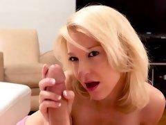 Hot milf throat gag with cumshot