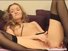 Sexy blonde fingering her pussy til she cums(7)