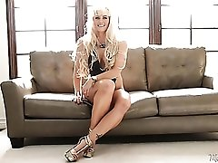 Leggy blonde mom is crazy hot in her interview