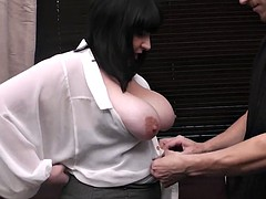 Meeting with plum brunette leads to sex