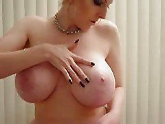 Mature Big natural tits milker by Milf