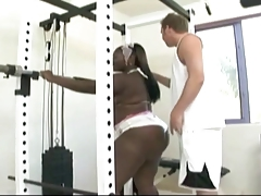 CHOCOLATE BIG BOOTY BBW GIVE TRAINER A WORKOUT